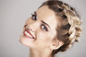 Schöne Wiesn Frisuren Mit Extensions