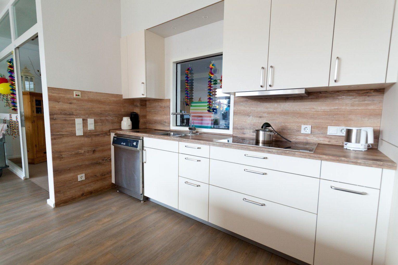 Weiße Arbeitsplatte Küche Reinigen | Weiße Küche Holzarbeitsplatte ...