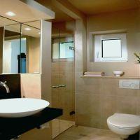 badezimmer klein modern   milliepspmadness