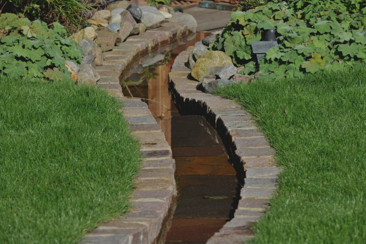 Gartengestaltung Wasser Natacharousselcom