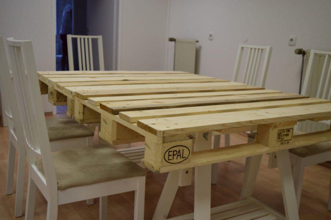tisch aus paletten selber bauen. Black Bedroom Furniture Sets. Home Design Ideas