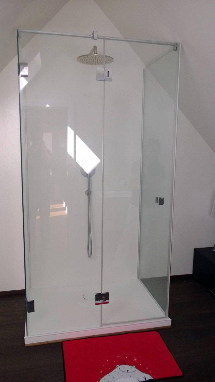 Dusche Dachschrage Kleines Bad Echtglas Dusche Fur Nischeneinbau