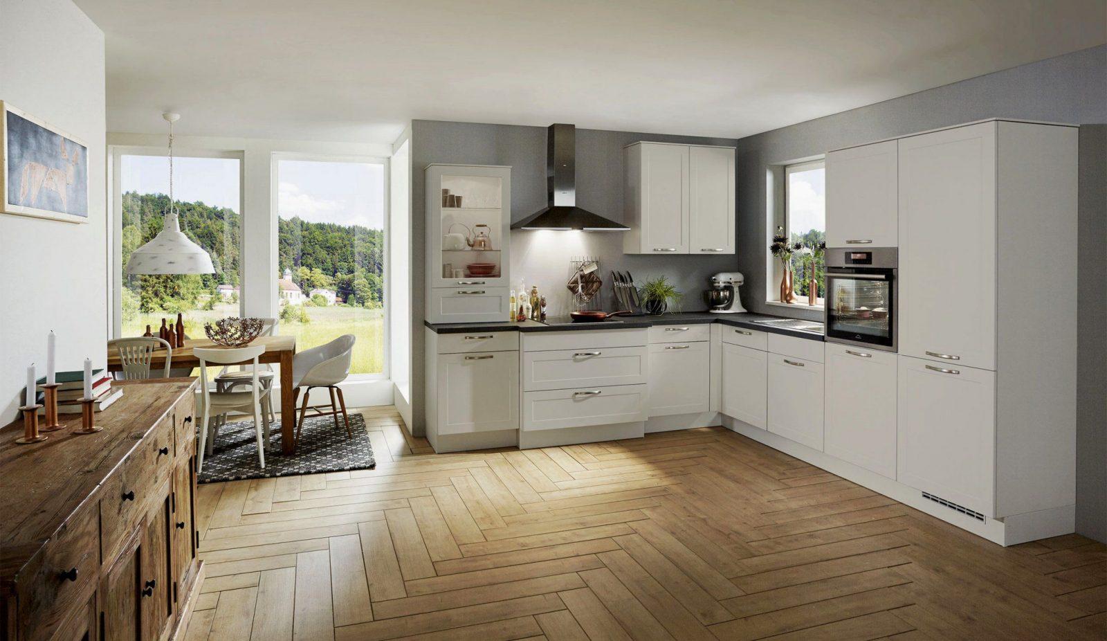 Schoner Wohnen Kuchen Moderne Insellosung Mit Deckenlufter In