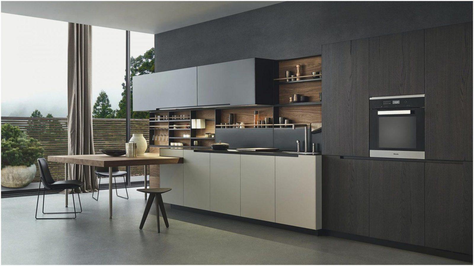 Küche Mit Integriertem Tisch   Hervorragende Küche In Einem Modernen ...