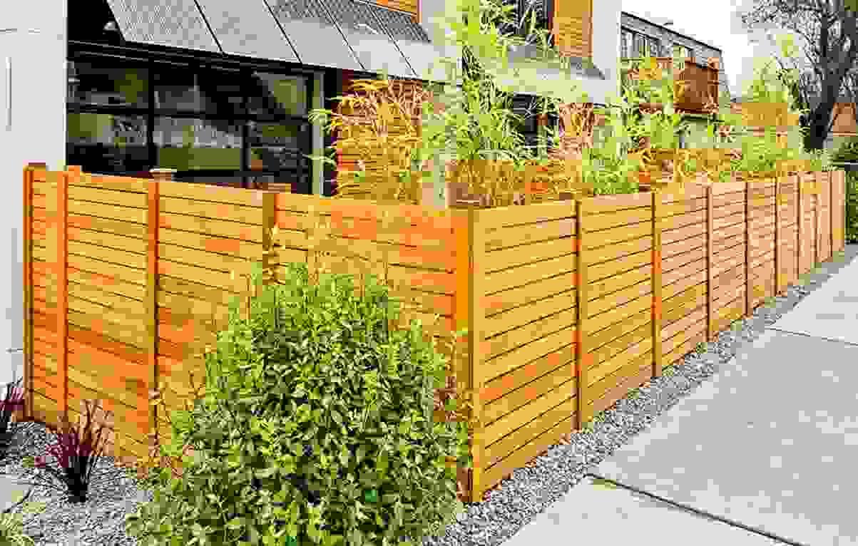 Zaun Am Hang Setzen Locks On Fence Stockfotos Locks On Fence
