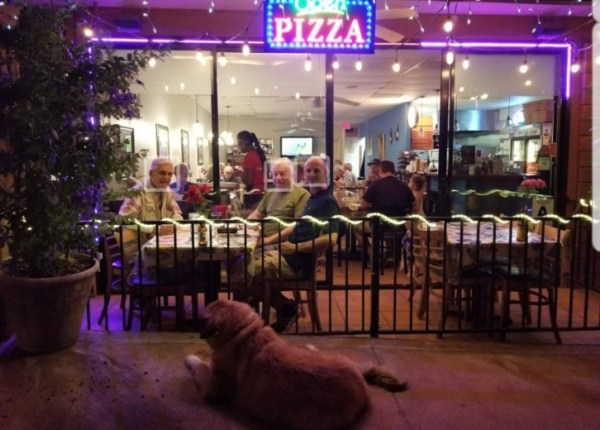 Haus of Pizza Outside