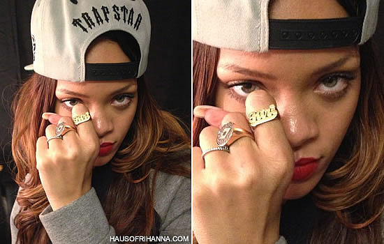 Rihanna In Jennifer Zeuner Custom Nameplate RiRi Ring