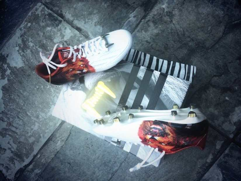 Rihanna's adidas by Snoop Lion football boots