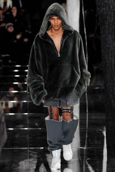 Fenty x Puma Fall 2016 - Look 41