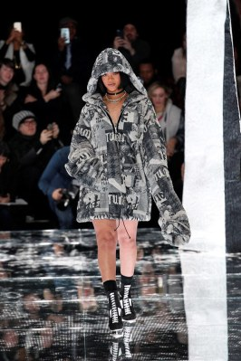 Fenty x Puma Fall 2016 - Look 44