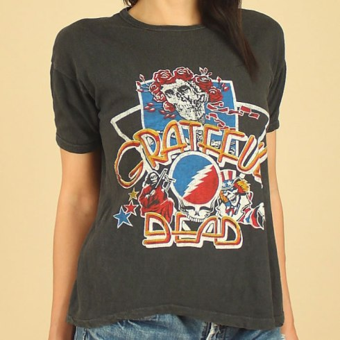 Grateful Dead vintage t-shirt as seen on Rihanna