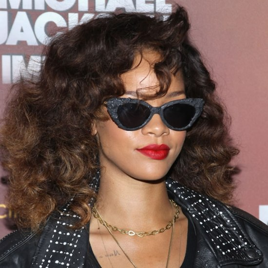 Rihanna in a-morir Kitt sunglasses