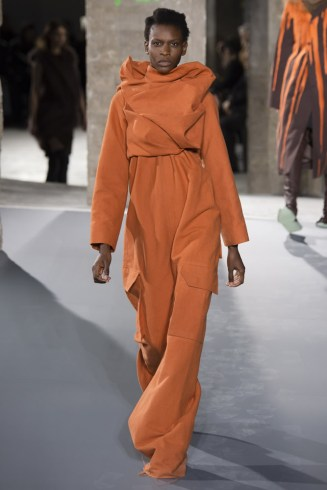 Rick Owens Fall 2016 orange jumpsuit as seen on Rihanna in Sledgehammer music video