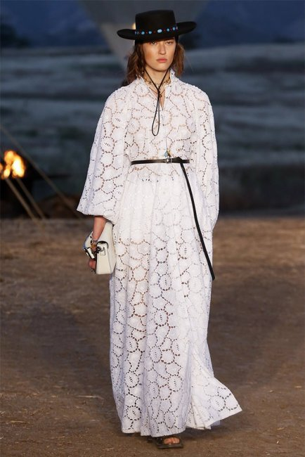 Dior Resort 2018 white broderie anglaise dress as seen on Rihanna