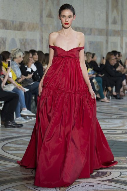 Giambattista Valli Fall 2017 couture red gown as seen on Rihanna