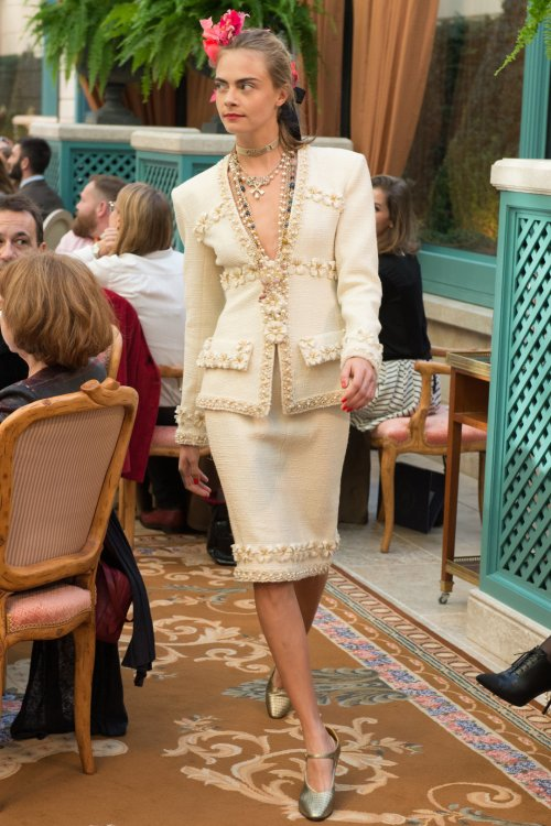 Chanel Pre-Fall 2017 beige jacket and skirt