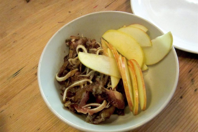 Grilled pig's ears with apple and fennel