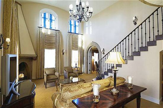 Fit for a King The Haute 5 Presidential Suites in Chicago