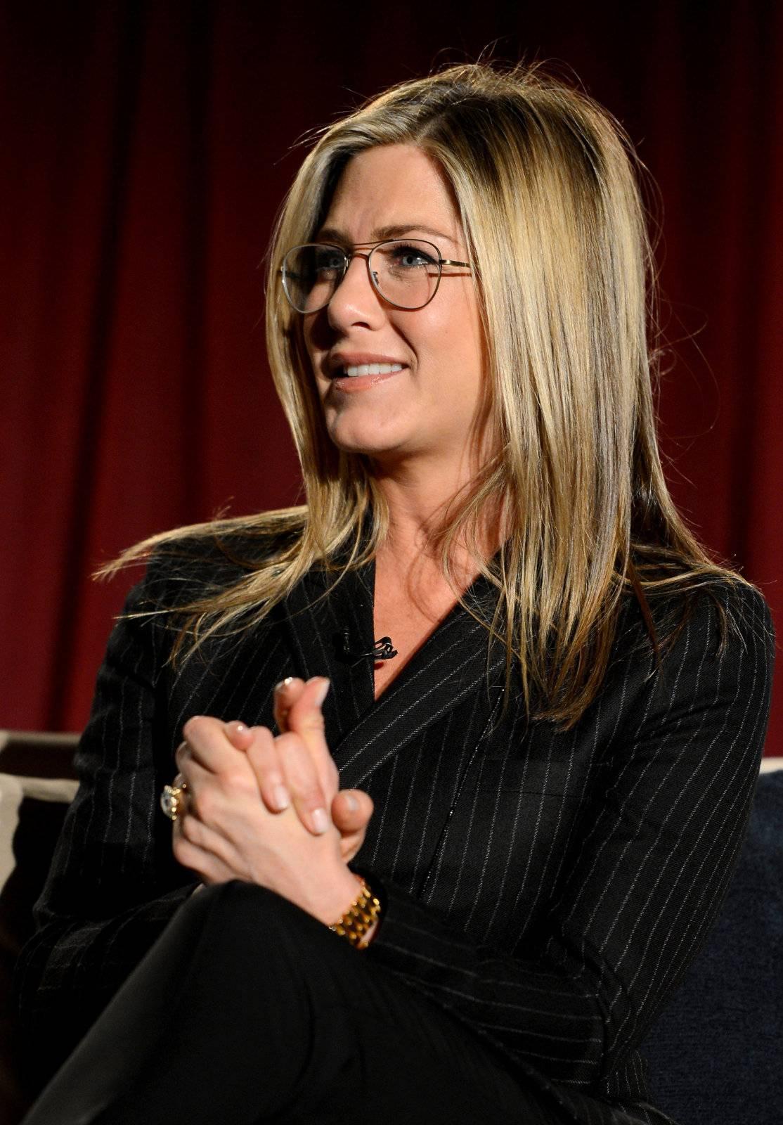 Haute 100 LA Update Jennifer Aniston Honors Director
