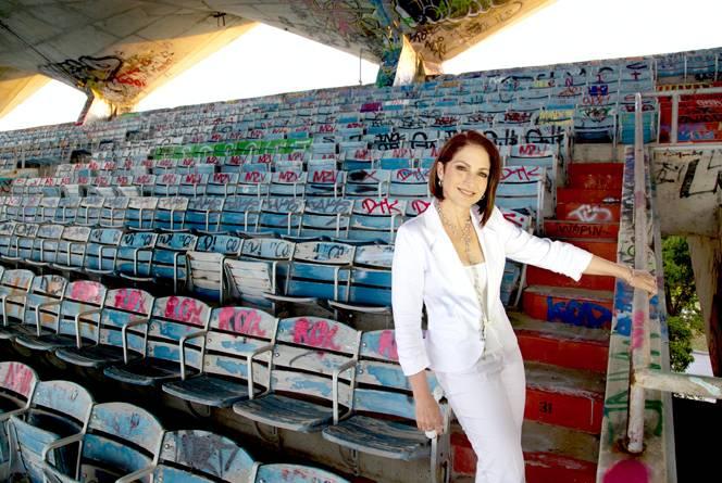 Gloria Estefan Donates 500000 to Restore Miami Marine