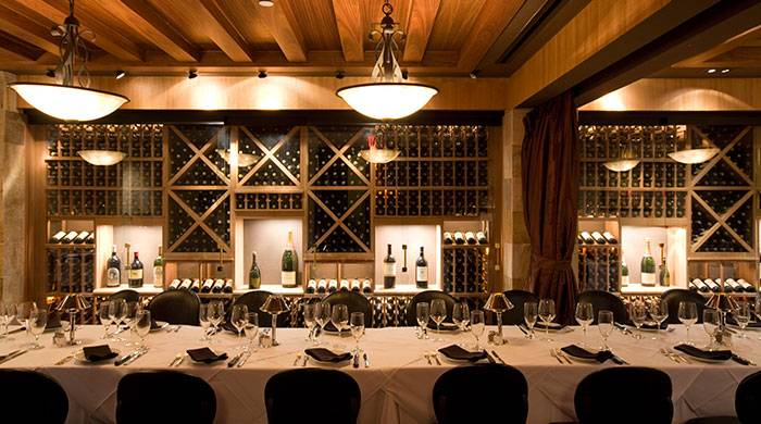 kitchen power strip table for sale the 5 best steakhouses in los angeles