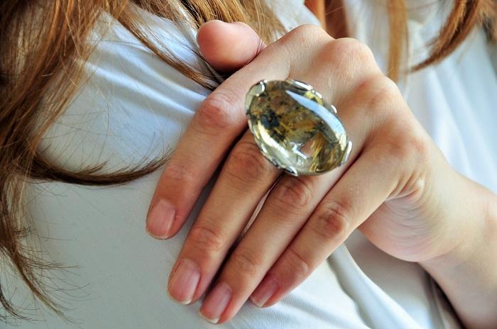 Jewelry Designer Style Guru Fashion Glitz Glamour