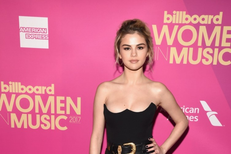 Incredible! Billboard Women In Music Gala Honors Selena Gomez And Mary J. Blige