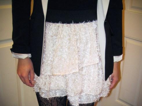 An Dyer in H&M Blazer, Tutu Skirt & Bow Bracelets | Worthington Tights | Forever 21 Camisole | Aldo Clutch | Michael Kors Watch | Miu Miu Bow Pumps