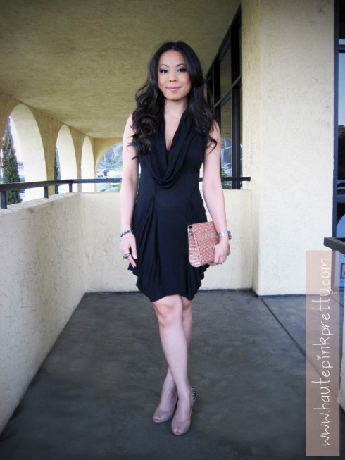 An Dyer wearing All Saints Dress, H&M Woven Clutch, Sam Edelman Lorissa Nude Leather