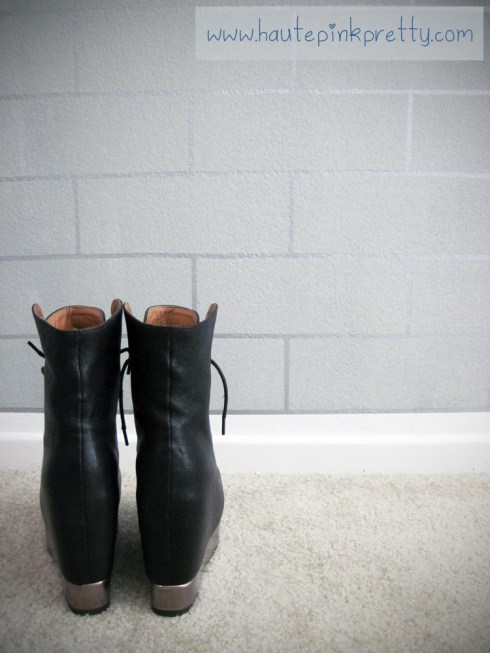 Jeffrey Campbell Back Off Black Silver Boot backside