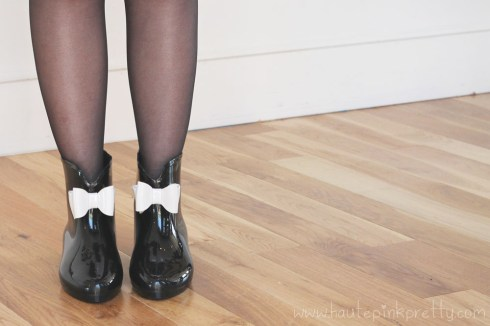 An Dyer wearing Moo Venice Shoes with Sheer Tights
