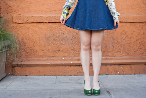 An Dyer in Zara Floral Print Shirt, Forever 21 Silver Collar Necklace, American Apparel Denim Circle Skirt, Zara Green Peep Toes, Banana An Turquoise Ring by Michelle Hayes Photography