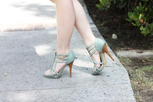 An Dyer wearing SoleSociety Soft Green Mint Loretta Strappy Sandal