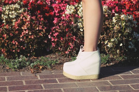 www.HautePinkPretty.com - An Dyer wearing Jeffrey Campbell Alexa White