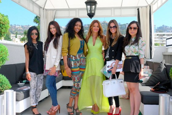 Sheryl Luke of WalkInWonderland.com, Farah Esmail of ColinMegaro.com, Brittany Bella Graham of LipStickLaceAndLattes, Suboo designer Sue Di Chio, Madison Guest and An Dyer of HautePinkPretty.com