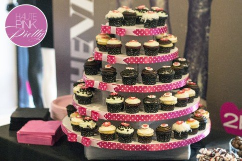 2b by bebe Blogger State of Style Soiree - cupcakes by Dots