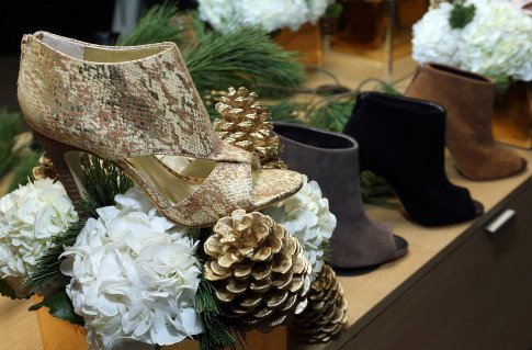 Sole Society And Eden By Eden Sassoon Holiday Preview Party