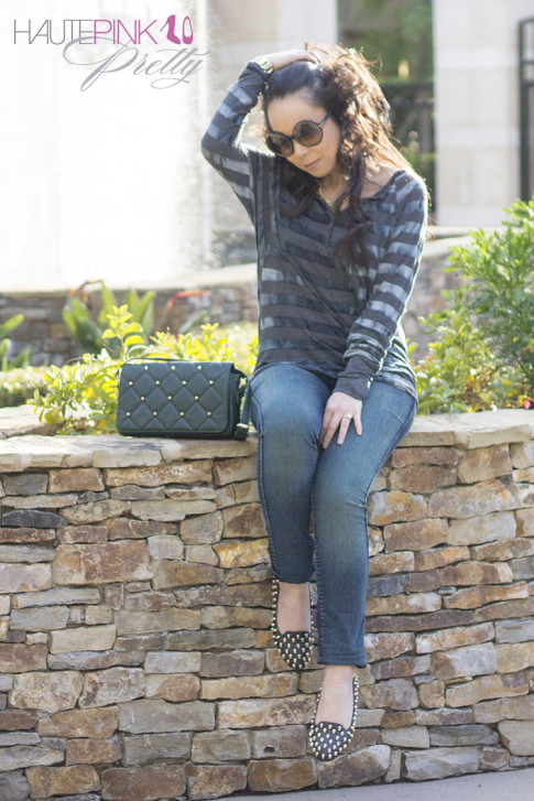 www.HautePinkPretty.com - An Dyer wearing Michael Stars Aurora Wash Long Sleeve Raglan Henley, Bleulab Reversible Jeans, Jeffrey Campbell Skulltini, Lulus Point Sized Studded Green Purse, Tom Ford Carrie Sunglasses, Glint & Gleam 2 in 1 Knuckle Ring Set & Chunky Gold Chain Cuff ShopLately, Luxe Moda Lion Head Lioness Necklace