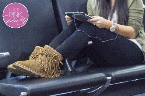 roadtoMAGIC Airport Attire An Dyer wearing UrbanEars Denim Headphones, Michael Stars, Sassybax Leggings, Lamo Sammi Boots