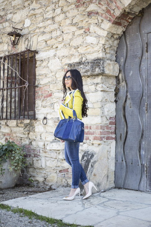 An Dyer wearing Lucy Paris Denim Fringe Chartreuse Jacket, Sole Society Kaylin Navy Bag & Rori Pumps, Fendi Classico Sunglasses, Levi's Skinny Jeans