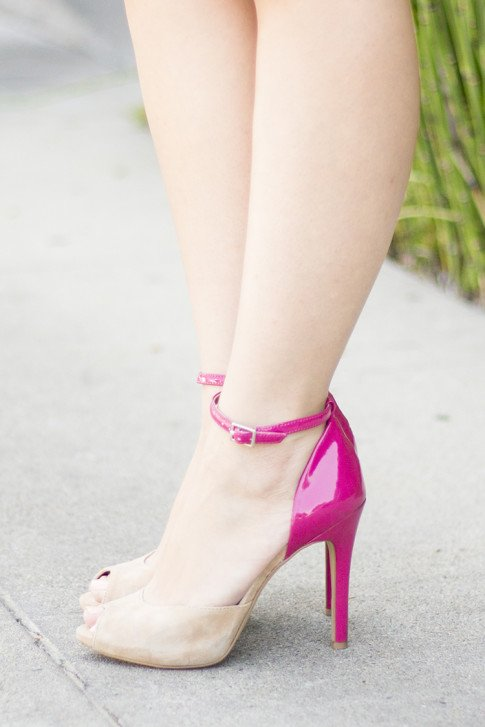 An Dyer wearing Sole Society nude pink peeptoe pumps