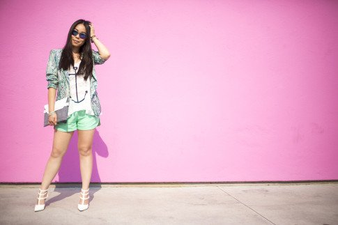 An Dyer wearing Lovers+Friends x Stylyt Bombshell Blazer, Vintage Havana Nautical Anchor Top, Allison Collection Silk Shorts, ShoeDazzle White Saharas, George Gina Lucy Purple Mirrored Sunglasses, Mujjo White Ipad Sleeve