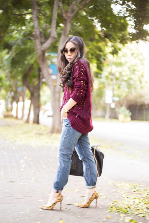 An Dyer wearing heartLoom Samara Knitted Sweater in Burgundy, Rich & Skinny The Boy & Girl Jeans, Sole Society Fergie