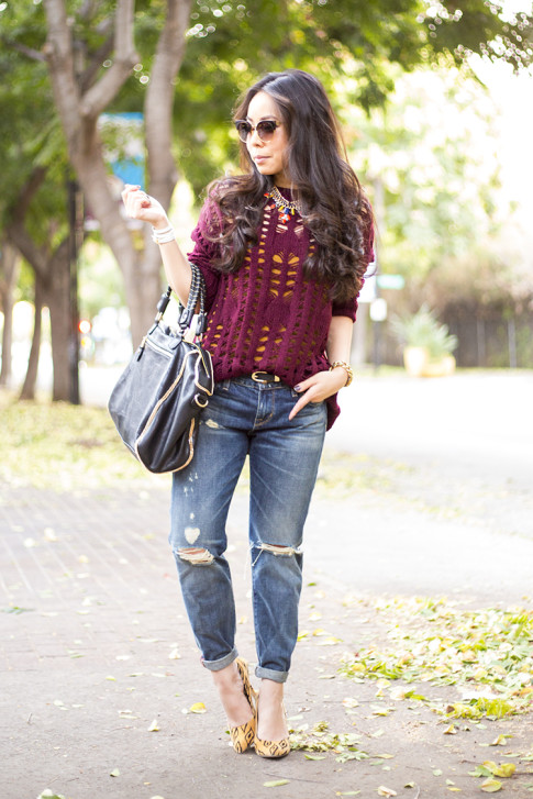 An Dyer wearing heartLoom Samara Knitted Sweater in Burgundy, Sole Society Fergie Pumps, Rich & Skinny The Boy & Girl Jeans, Urban Expressions Handbags 'Janae' Faux Leather Satchel Black