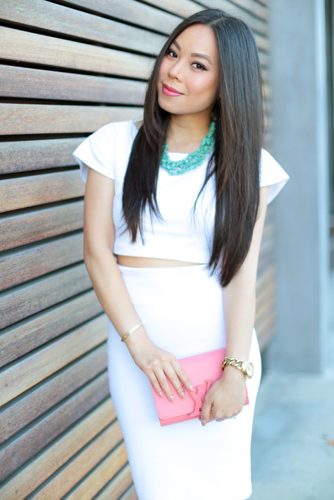 An Dyer wearing All White Bebe Street Style