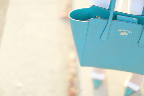 An Dyer carrying Gucci Medium Swing Tote Turquoise Teal