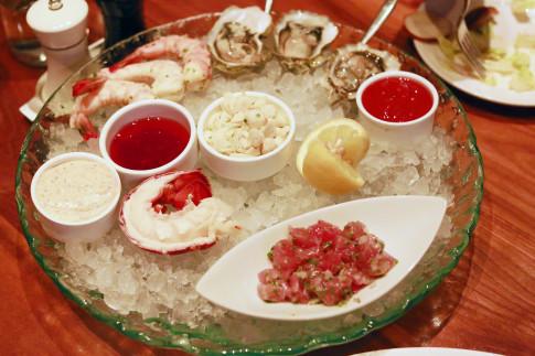 Public House Las Vegas Shellfish Platter