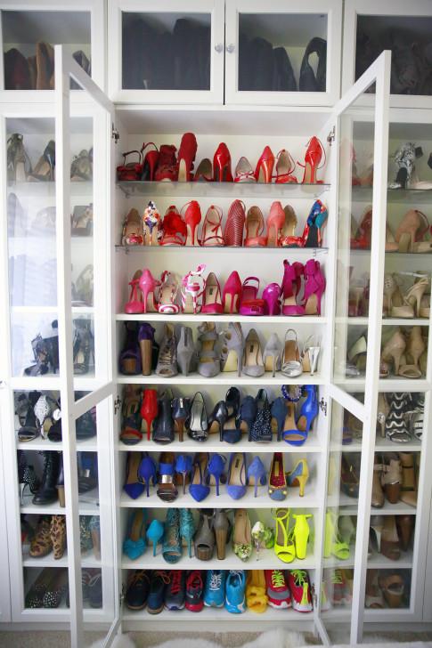 Organizing Rainbow Shoes Shoe Closet