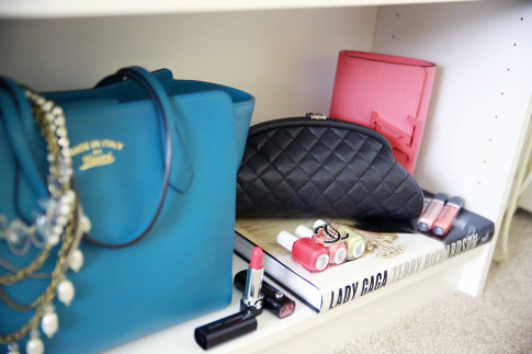 bag closet decor