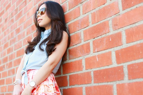 An Dyer wearing F21 Denim Chambray Tie Knot Top Vint and York Bees Knees Tortoise Sunglasses